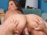 BBW Sindy Davis fucks older guy