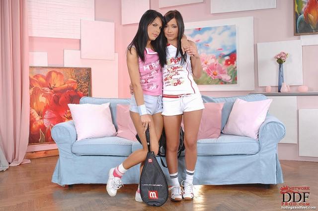Sexy lesbian fuck from horny babes Bettina Dicapri and Amabella № 1210065 без смс